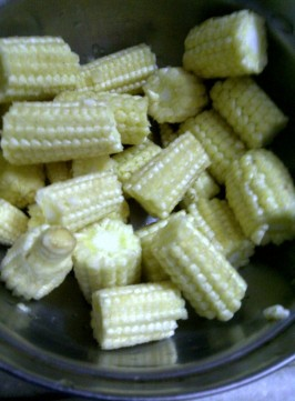 Baby Corn for Fat Free Ginger Redolent Broth with Bean Ciurd and Tofu, The Asian Way